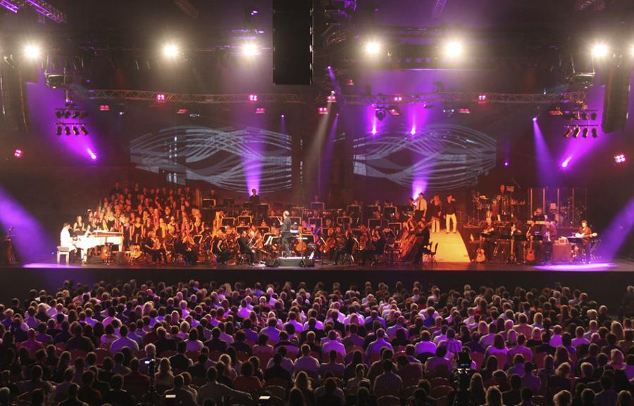 Jubiläumsfeier: Umfangreiches Showprogramm für die Werksmitarbeiter
