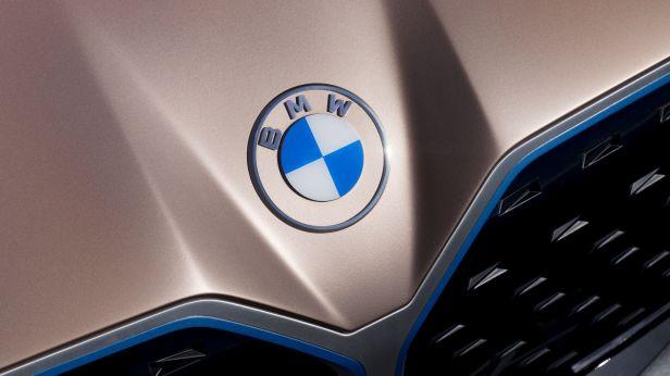 Neues BMW-Logo fällt in Umfragen durch